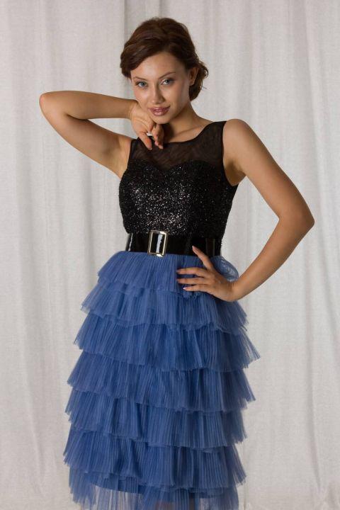 فستان سهرة قصير بطبقات أسود أزرق