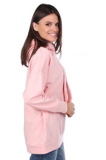 MARKAPIA WOMAN - سويت شيرت نسائي وردي أساسي مع غطاء محرك السيارة (1)