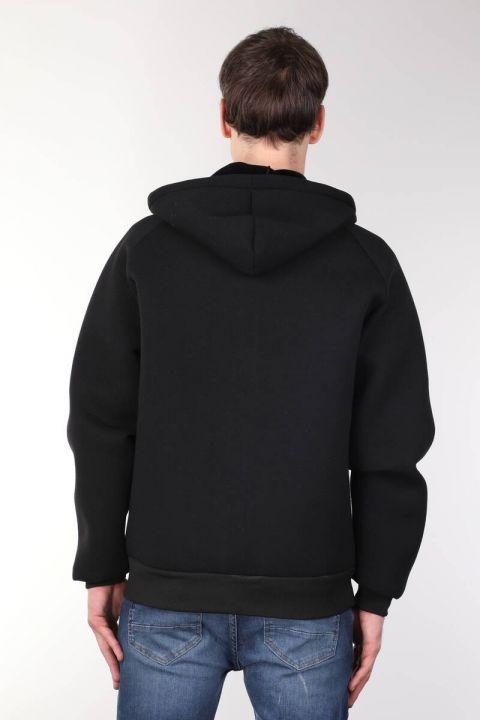 جاكيت أسود كبير الحجم بغطاء للرأس