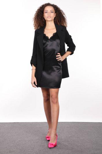 İnce Askılı Yakası Güpürlü Siyah Saten Kadın Elbise - Thumbnail