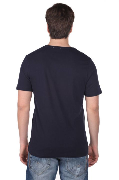 Men's Crew Neck T-Shirt with Instrument Pattern
