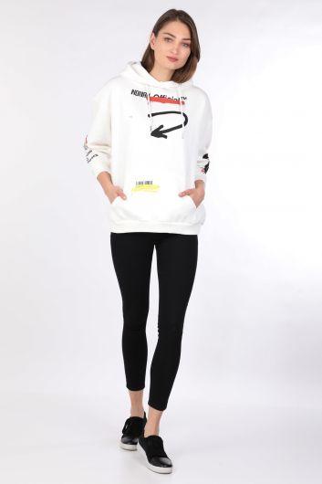 Kadın Baskılı Şardonlu Oversize Kapüşonlu Sweatshirt Beyaz - Thumbnail