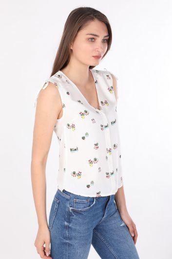 MARKAPIA WOMAN - Kadın Çiçekli V Yaka Kolsuz Gömlek Beyaz (1)