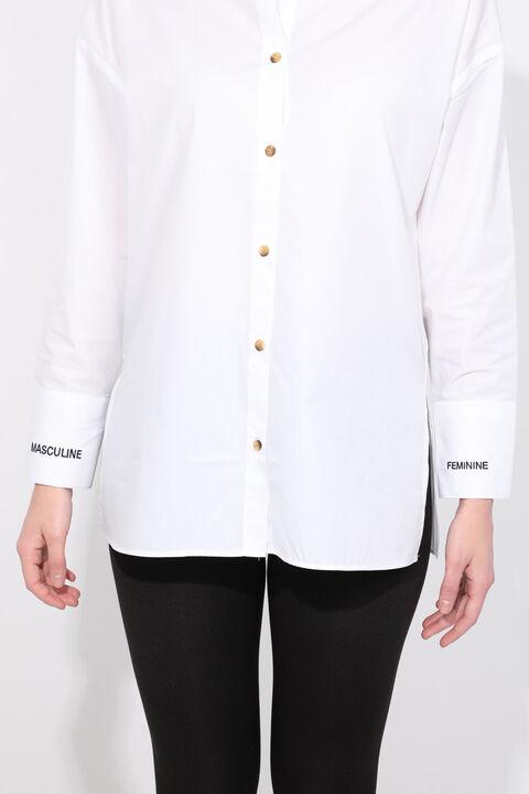 Kadın Beyaz Yırtmaçlı Boyfriend Gömlek
