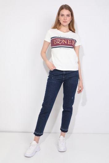 Kadın Bisiklet Yaka Yazılı T-shirt Beyaz - Thumbnail