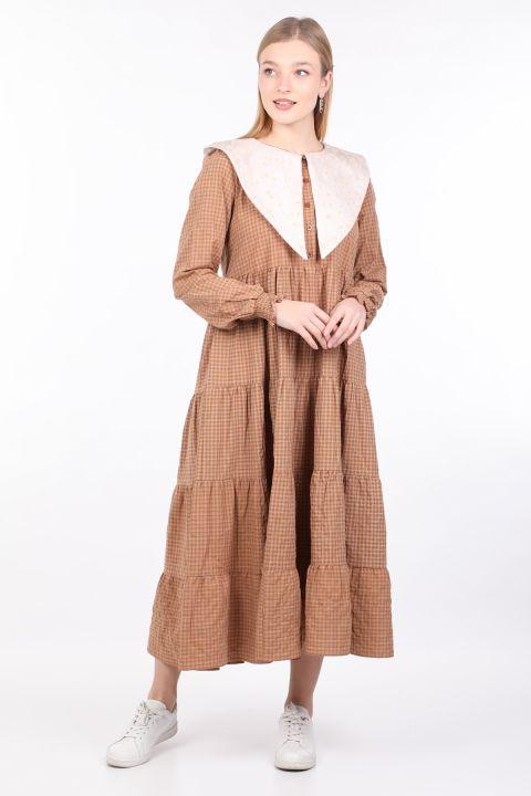 Kadın Geniş Yakalı Pötikare Elbise