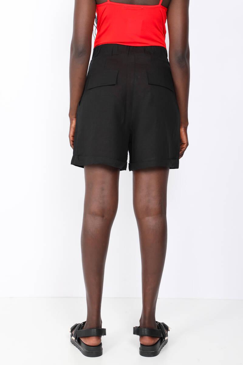 Kadın Siyah Bermuda Şort