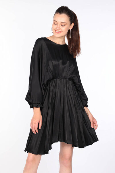 MARKAPIA WOMAN - Kadın Siyah Büzgülü Yarasa Kol Elbise (1)