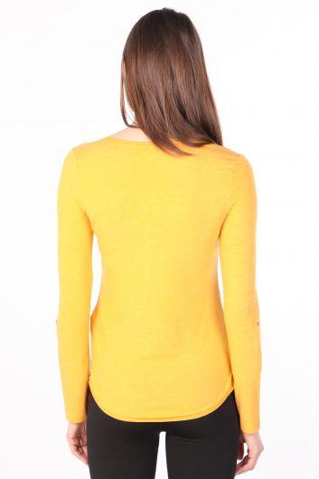 Kadın Yarım Düğmeli Uzun Kollu Basic T-shirt Hardal - Thumbnail