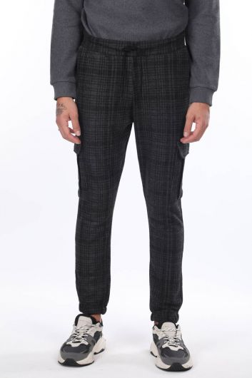 MARKAPIA MAN - Men's Plaid Tracksuit with Cargo Pockets (1)