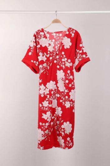 Kırmızı Çiçek Desenli Düğmeli Yarasa Kol Kadın Elbise - Thumbnail