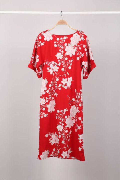Kırmızı Çiçek Desenli Düğmeli Yarasa Kol Kadın Elbise