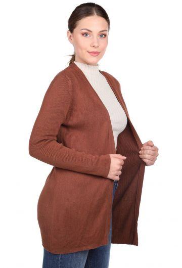 MARKAPIA WOMAN - Коричневый женский трикотажный кардиган с открытым передним карманом (1)
