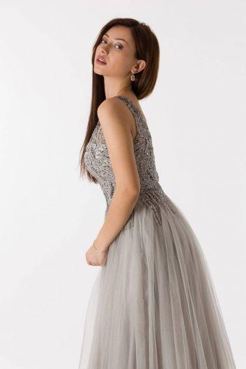 فستان خطوبة طويل بلون الحجر من التل بحزام سميك - Thumbnail
