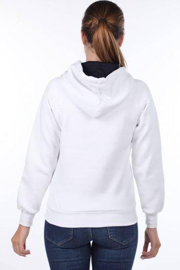 MARKAPIA WOMAN - London Aplikeli Beyaz Kapüşonlu Kadın Sweatshirt (1)