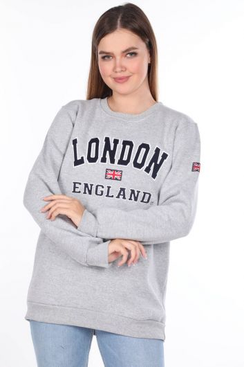 MARKAPIA WOMAN - London England Appliqued Fleece Sweatshirt (1)