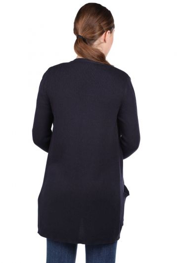 MARKAPIA WOMAN - Темно-синий женский трикотажный кардиган с открытыми передними карманами (1)