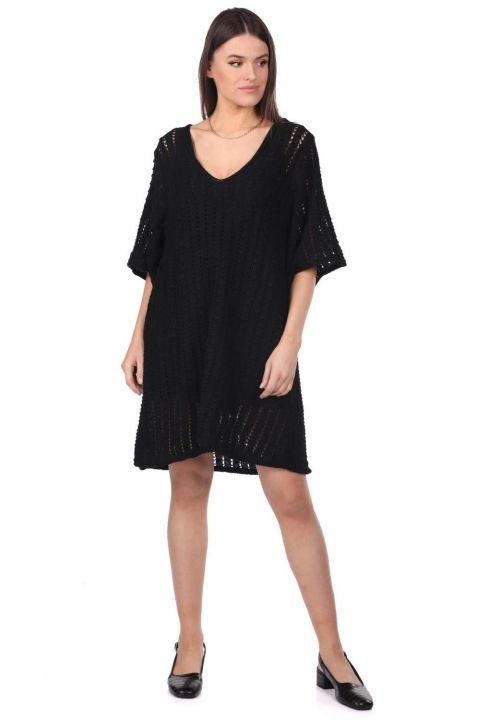 Трикотажное мини-платье с широким вырезом Markapia