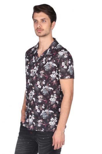 MARKAPIA MAN - ماركابيا قميص أسود قصير الأكمام بنقشة زهور (1)