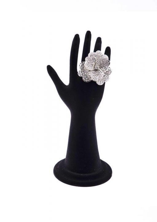 Серебряное цветочное кольцо с драгоценным камнем Маркапии