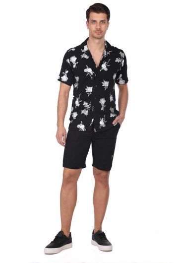 ROSE LONDON - Men's Black Shorts (1)