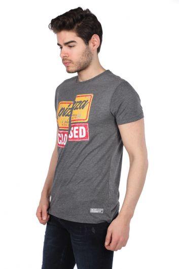 Мужская футболка с круглым вырезом и красочным принтом - Thumbnail
