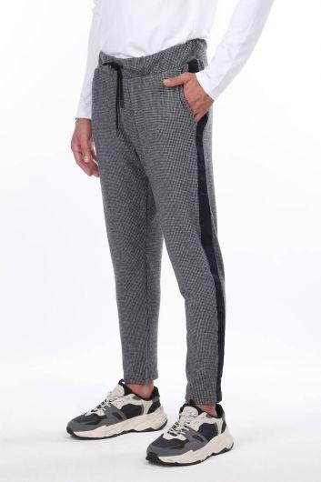 MARKAPIA MAN - Men's Black Checkered Side Striped Sweatpants (1)