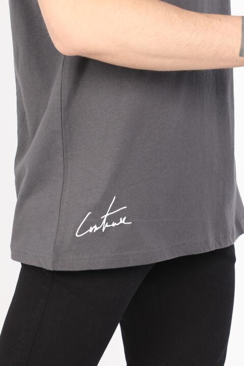 Мужская темно-серая футболка с круглым вырезом