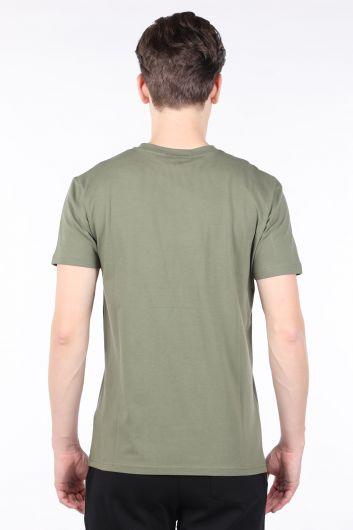 Зеленая мужская футболка с круглым вырезом - Thumbnail