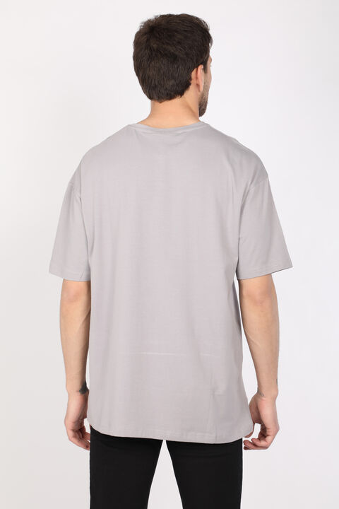 Мужская светло-серая футболка оверсайз с круглым вырезом