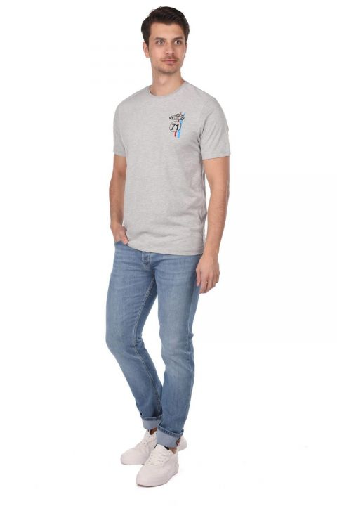 Маленькая мужская футболка с круглым вырезом и принтом Vosvos
