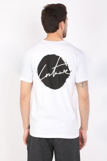 Мужская белая футболка с круглым вырезом на спине и принтом - Thumbnail