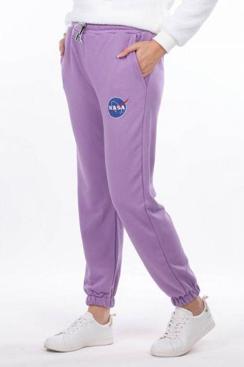 MARKAPIA WOMAN - Сиреневые эластичные женские спортивные штаны с принтом Nasa (1)
