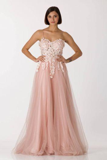 فستان سهرة طويل من التول الوردي بحزام رفيع - Thumbnail
