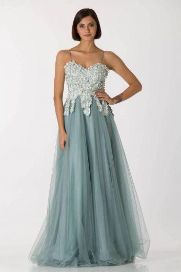 Зеленое длинное вечернее платье из тюля с тонкими бретелями - Thumbnail