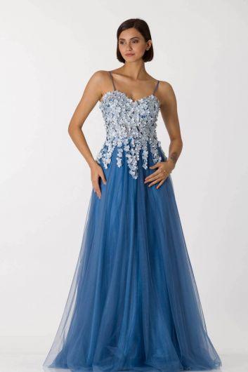 shecca - Синее длинное вечернее платье из тюля с тонкими бретелями (1)