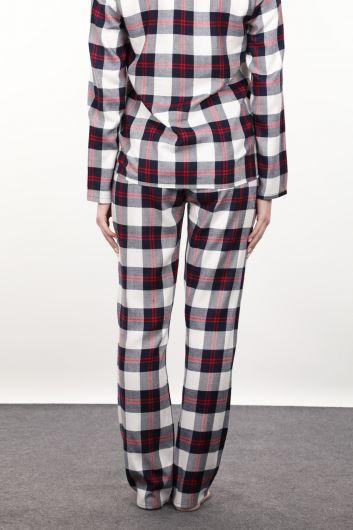 Женский пижамный комплект в темно-синюю и красную клетку - Thumbnail