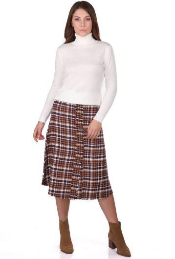 Женский тонкий вязаный свитер с высоким воротом цвета экрю - Thumbnail