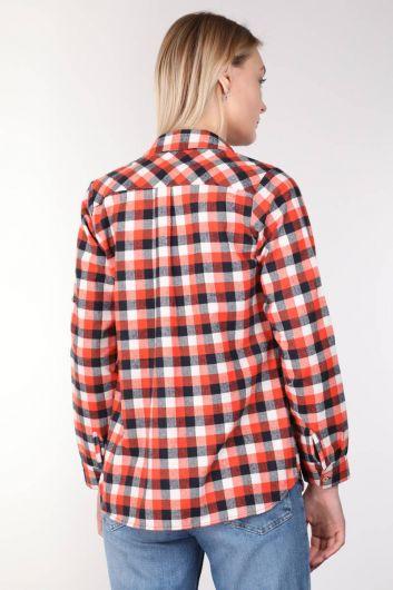 قميص نسائي منقوش متعدد الألوان - Thumbnail