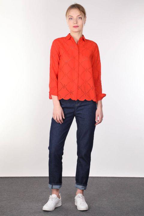 Женская оранжевая рубашка с зубчатым краем