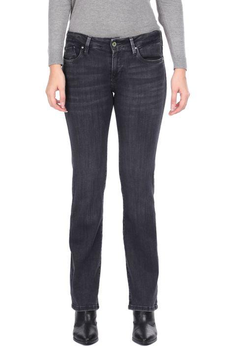 Дымчатые женские джинсовые брюки с прямыми штанинами
