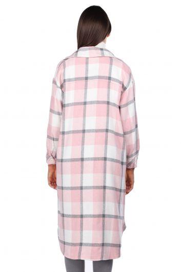 Длинная розовая женская куртка-рубашка в клетку Oversize - Thumbnail