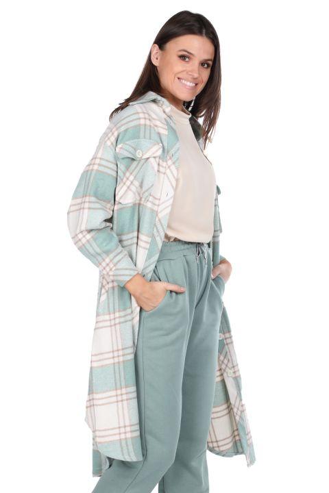 جاكيت قميص طويل منقوش كبير الحجم للنساء