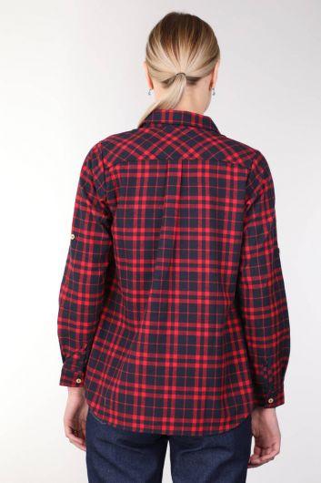 جيوب بورجوندي قميص نسائي منقوش - Thumbnail