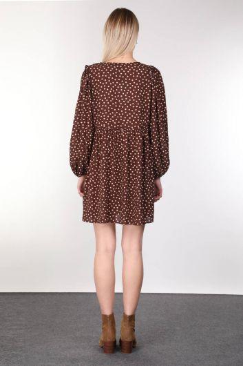 فستان نسائي بياقة على شكل V وأكمام بالون بني - Thumbnail