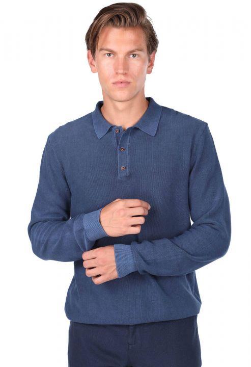 Темно-синий мужской свитер с воротником-поло