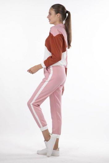 MARKAPIA WOMAN - طقم بدلة رياضية بقطعة هندسية مرنة (1)