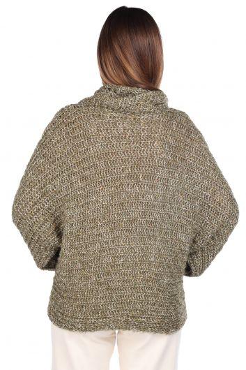 MARKAPIA WOMAN - Трикотажный зеленый женский трикотажный свитер с потертым вырезом (1)