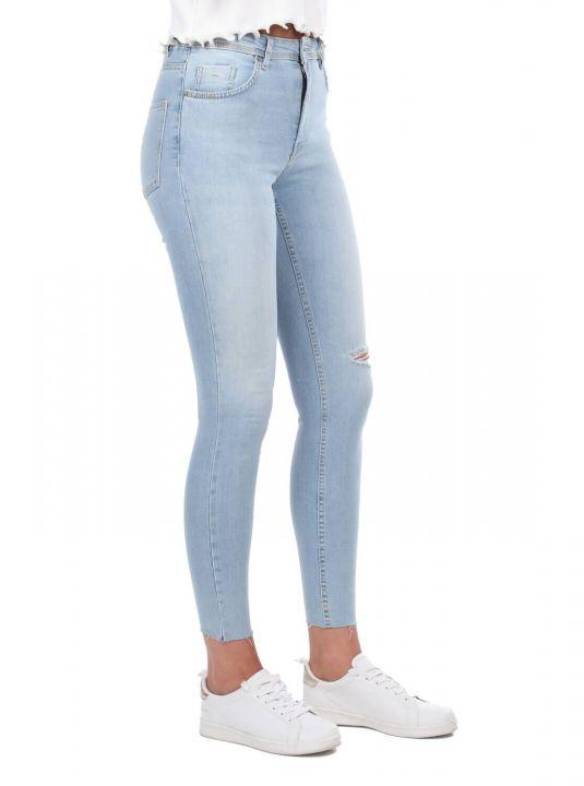 Series of Torn Skınny Jeans