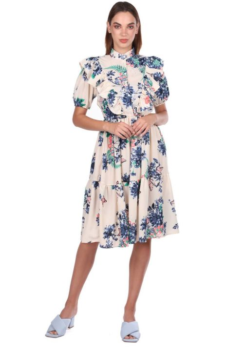 فستان كريمي منقوش بأكمام قصيرة